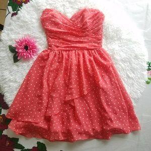 B.smart strapless dress sz~0